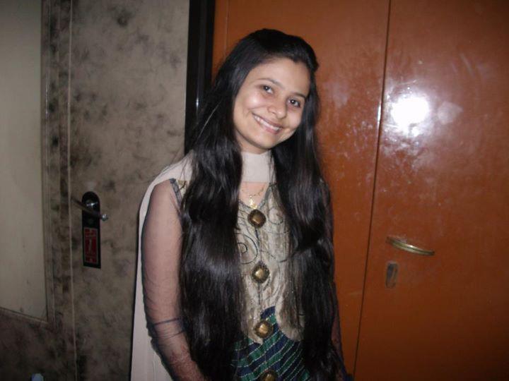 how to make hair silky naturally at home in hindi