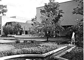 White plains galleria mall