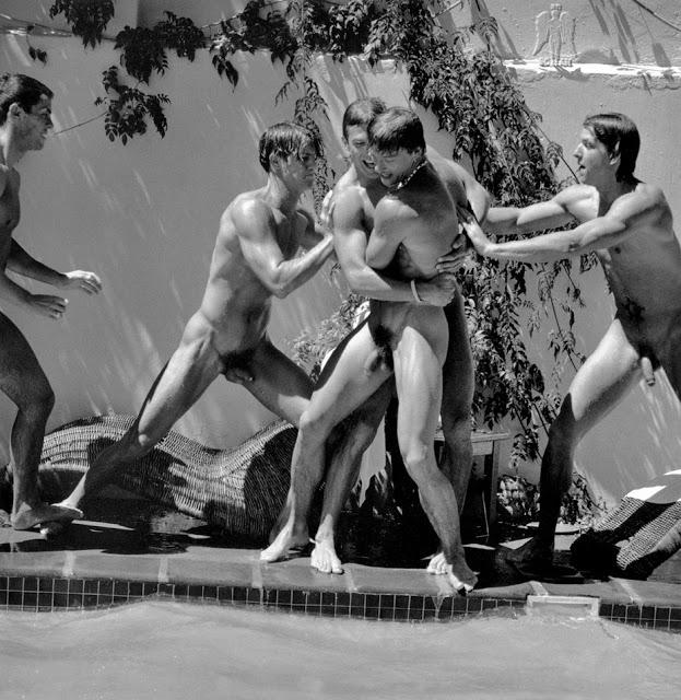 Deportistas gay desnudos Vídeo de sexo -