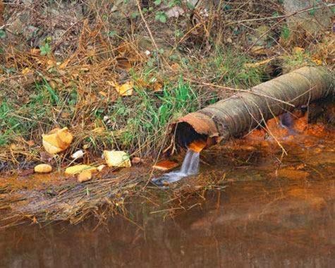 Ποτάμια, χείμαρροι και απόβλητα