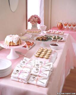 Dicas e fotos de Como decorar mesas para aniversario