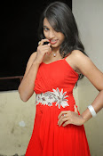 Shrutija glam pics in red-thumbnail-19