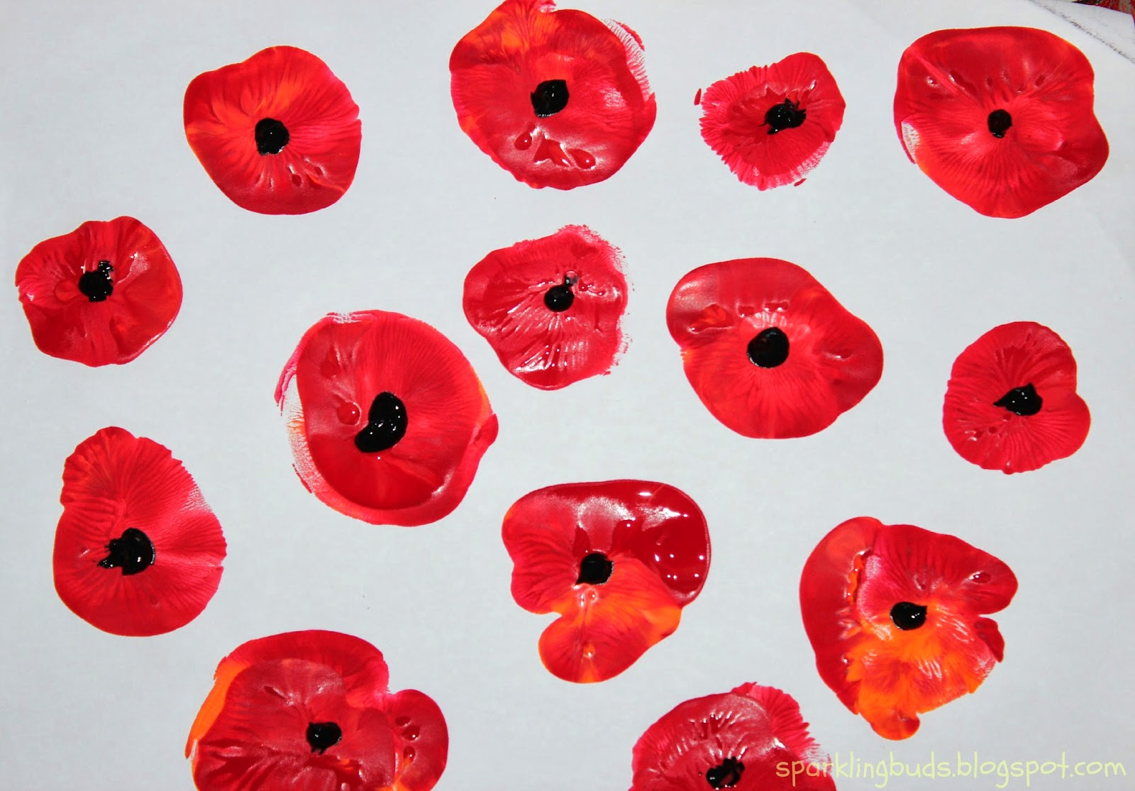 http://sparklingbuds.blogspot.com/2014/03/poppy-flowers-painting-with-kids.html