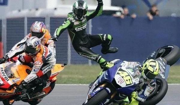 Caida con Moto GP