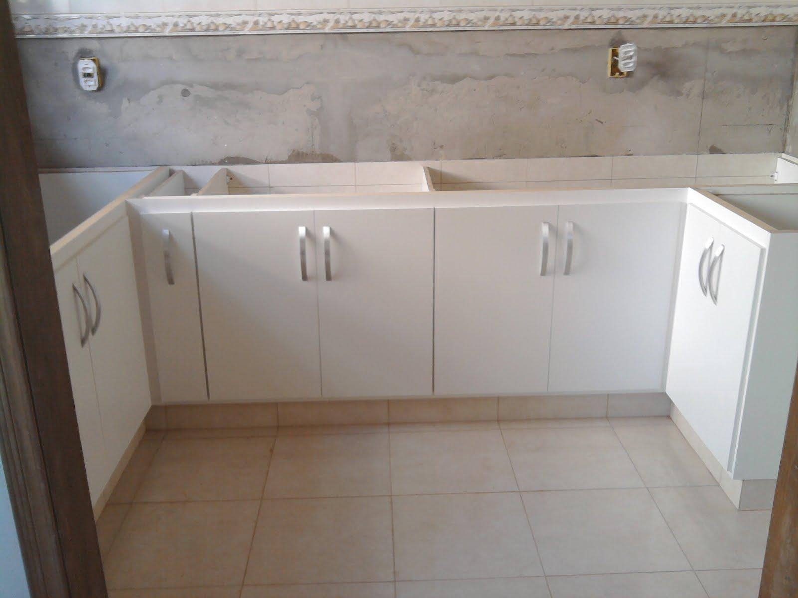CONSTRUÇÂO!!!!!: Este é um gabinete de cozinha em MDF 100% na cor  #634D39 1600x1200