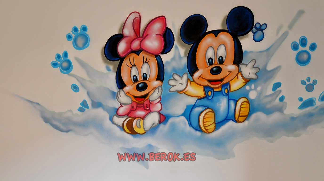 Imagenes de mini mouse y mickey mouse bebe for Murales infantiles