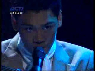 Mikha Angelo – Love Of My Love ( Cover Queen )
