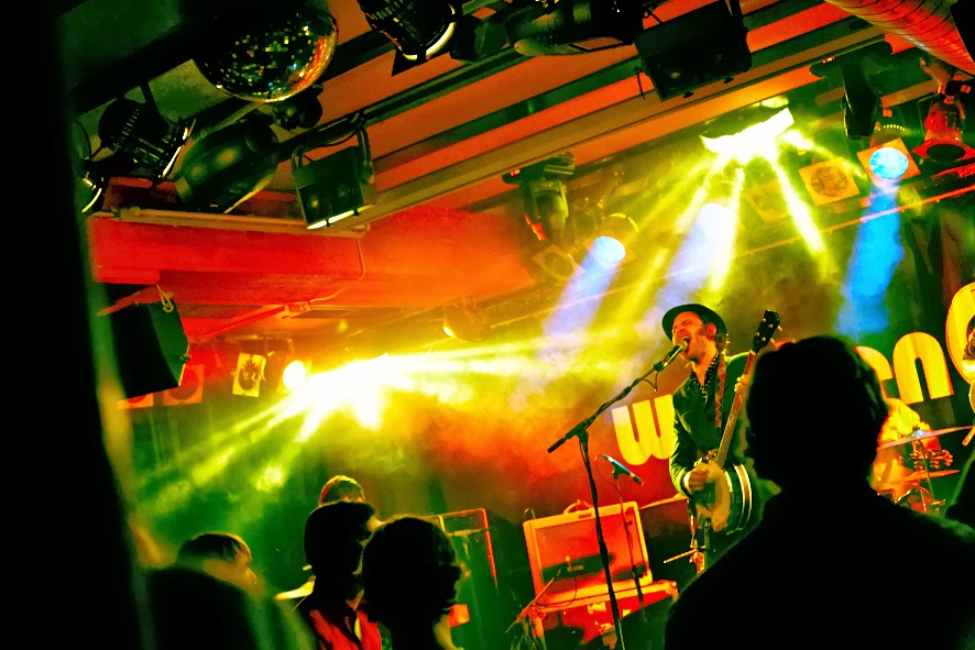 #matthiasheschl #ltag #photography #fotografie #sadomasoguitarclub #music #weekenderclub #innsbruck #austria