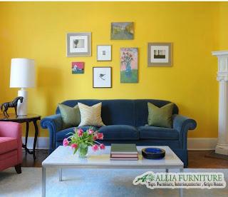 Warna Mustard yellow kuning gradasi pada ruang tamu