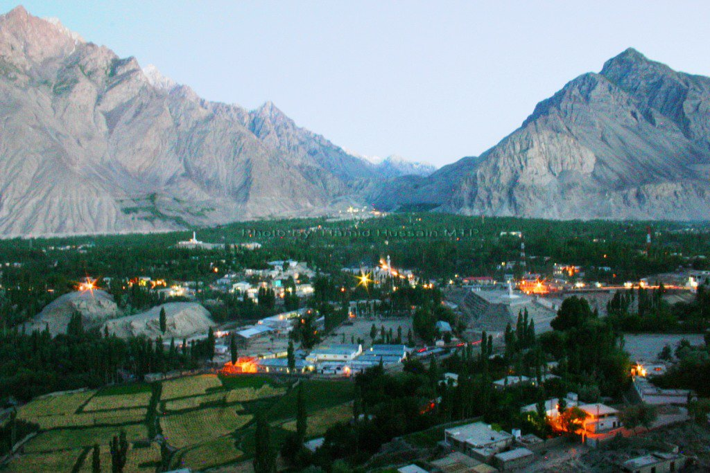 Skardu (Balti Yool): Beautiful Baltistan خوبصورت بلتستان