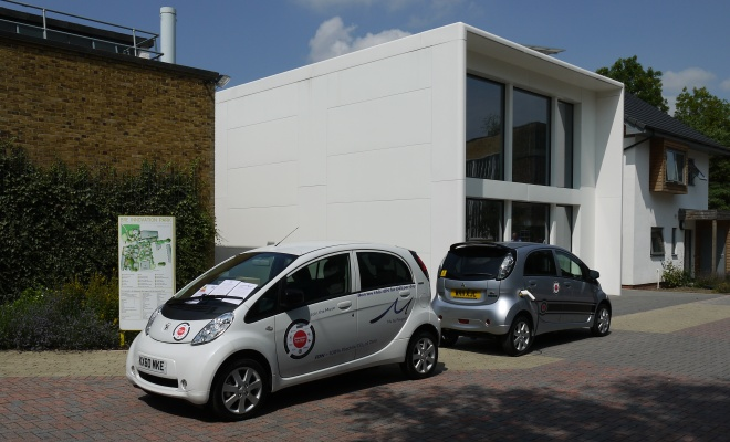 Mitsubishi i-Miev and Peugeot iOn