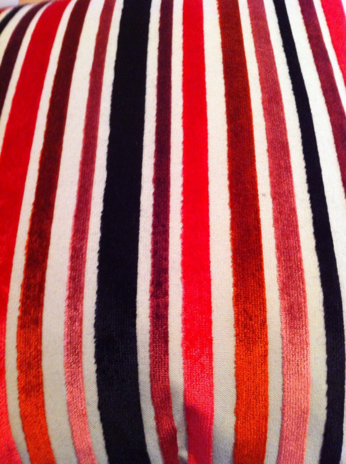 All toile and no reward can anyone identify this fabric - Missoni tissu ameublement ...
