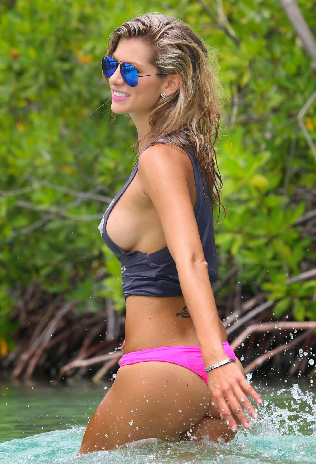 Yasmine Colt Very Hot HQ Photoshoot For 138 Water