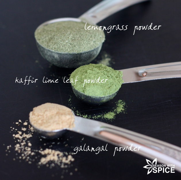Lemongrass powder, kaffir lime leaf powder, and galangal powder for making Thai recipes