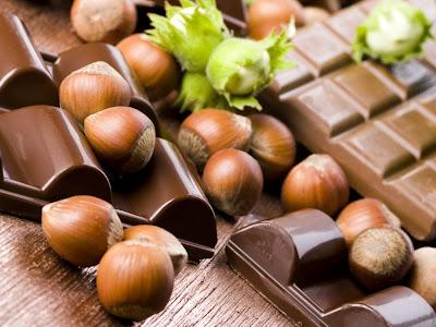 Čokolade i lješnjaci download besplatne pozadine slike za desktop