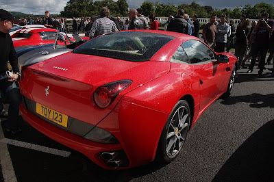 Red Ferrari California Pictures