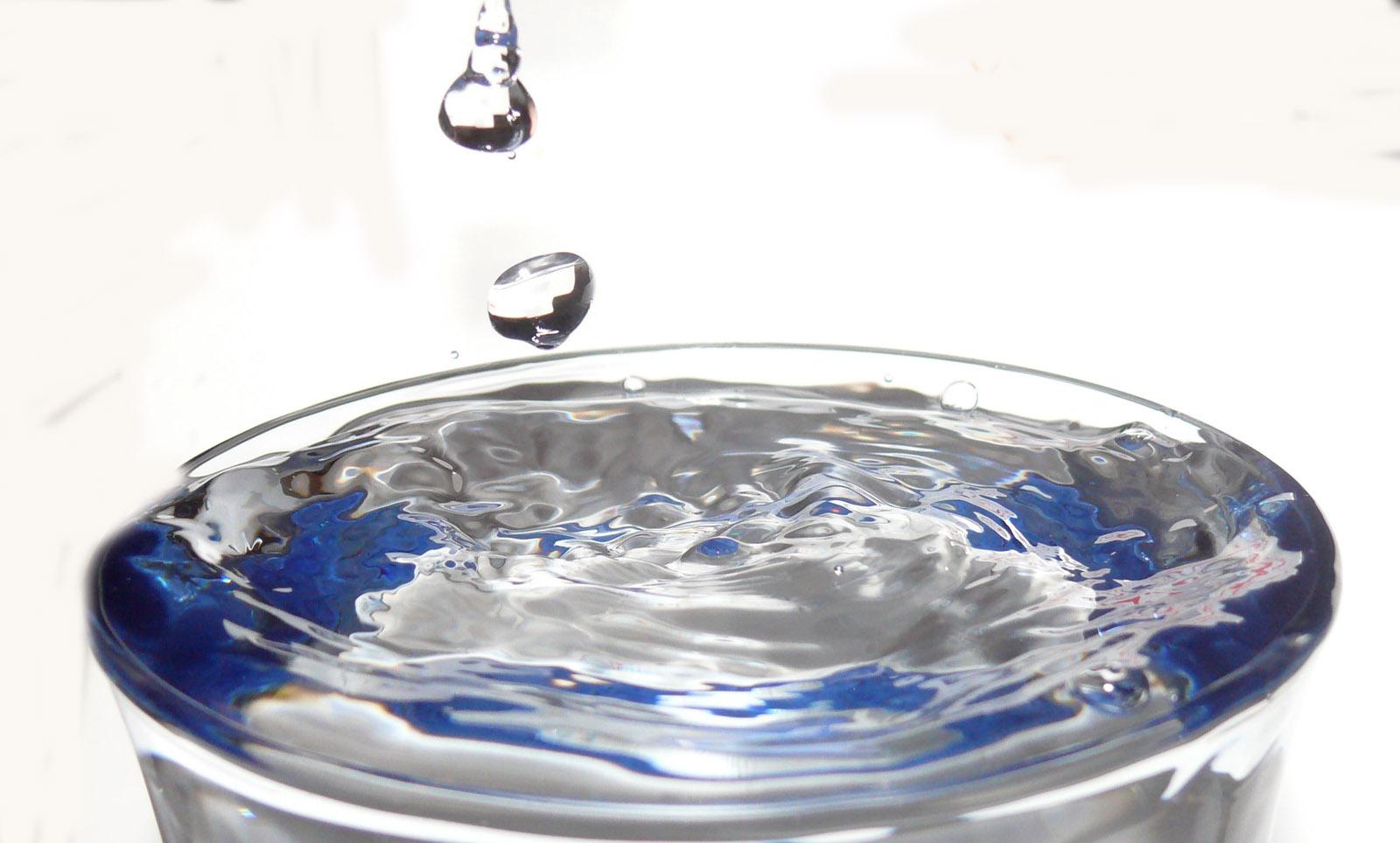Labocheck an lisis de agua beber agua para evitar - Agua para beber ...