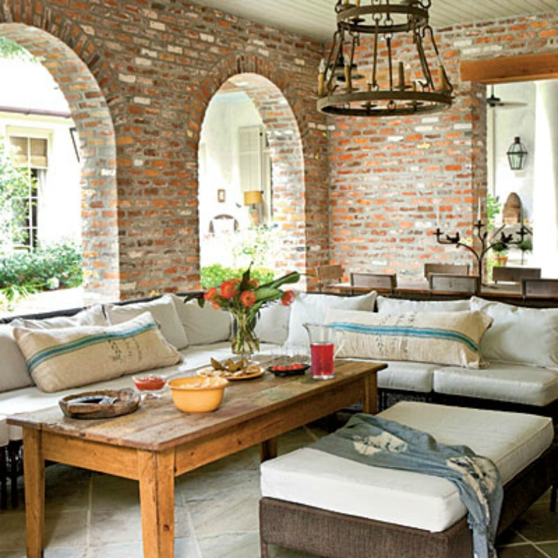 Coastal home 10 ways to to create summertime outdoor for Creating an outdoor living space