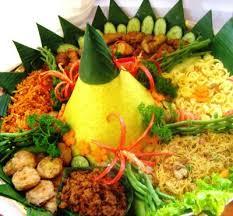 Tumpeng Nasi Kuning Menu Standart | Warung Katering Surabaya