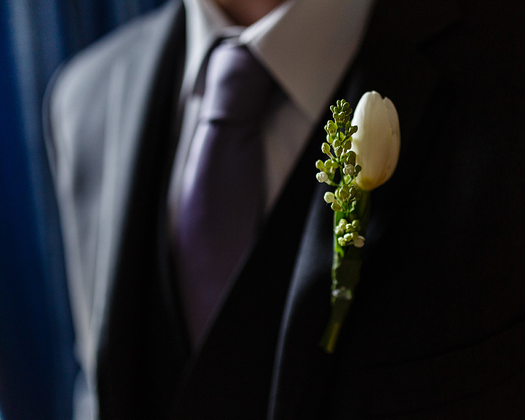 Maryland Wedding photography, groom's boutonniere, boutonniere