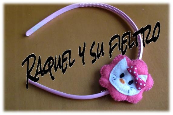 Raquel y su fieltro: Diadema de Hello Kitty