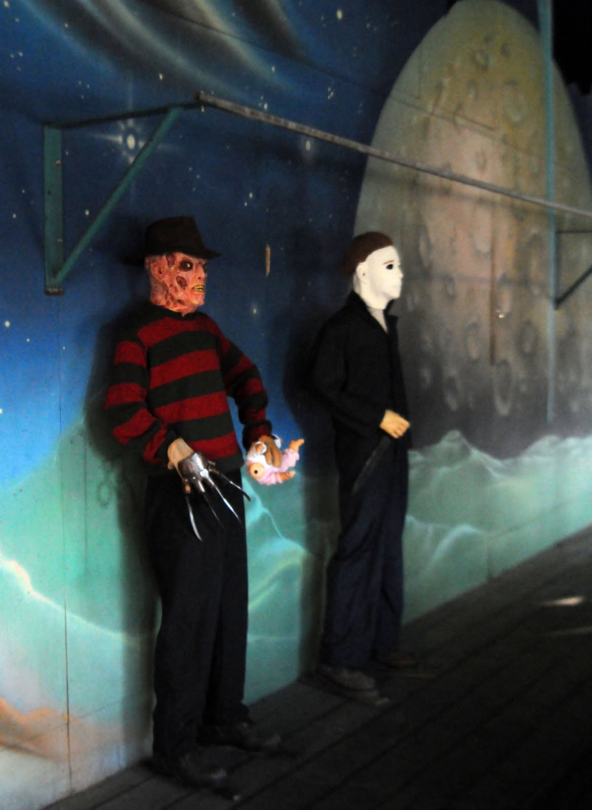 last fall when we visited lake winnepesaukah for their first ever halloween event the castle the parks quirky dark ride was being plussed for the holiday