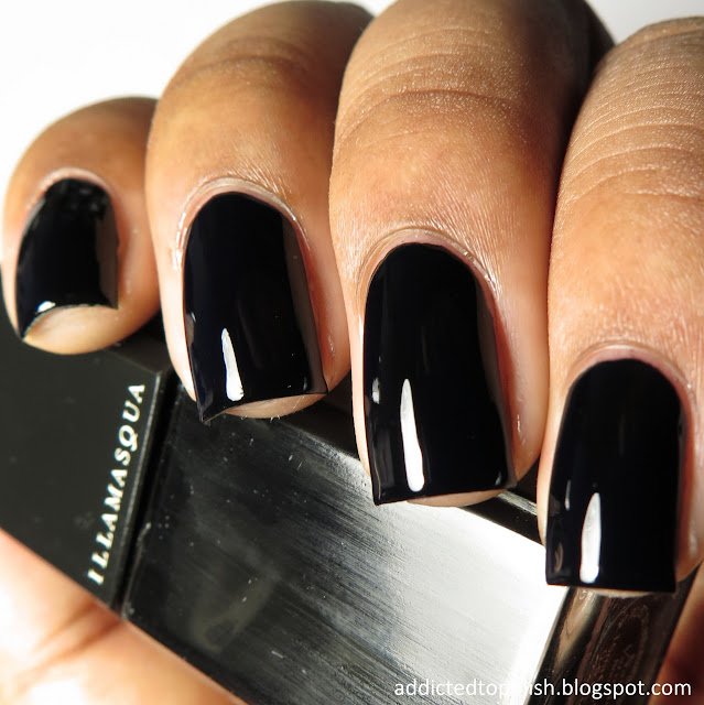 illamasqua boosh black nails