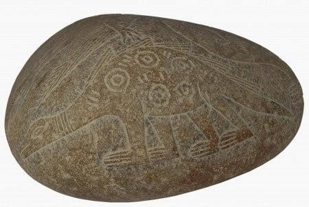 Γιατί η Αρχαία Τέχνη περιέχει Αεροσκάφη, Ελικόπτερα και Δεινόσαυρους (ΒΙΝΤΕΟ, ΦΩΤΟ) Αόρατα Γεγονότα