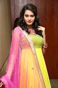 Swetha jadhav latest glam pics-thumbnail-4