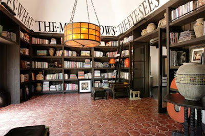 Diane Keaton's library