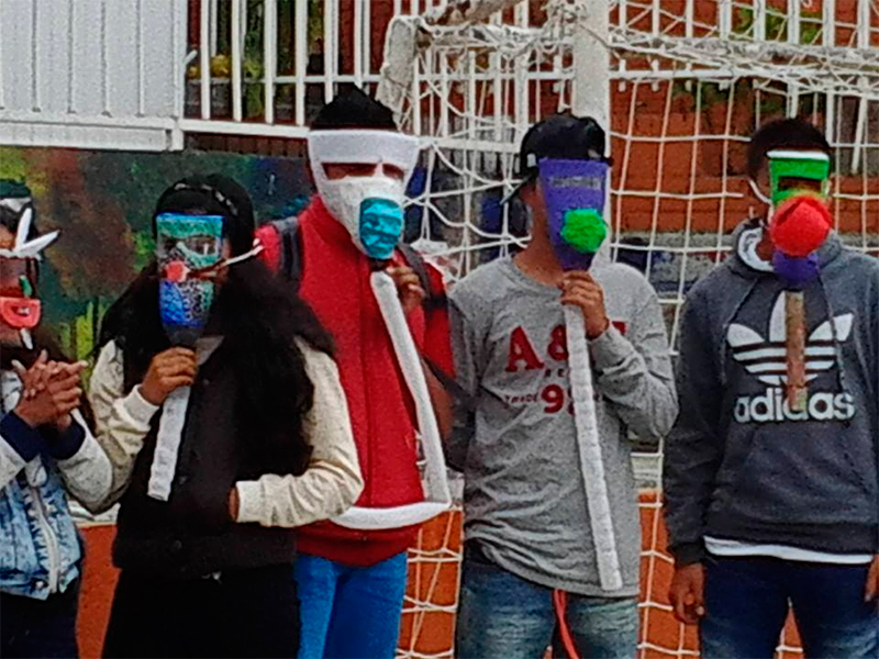 Los colegios alrededor de Doña Juana están atestados de moscas, malos olores y ratas