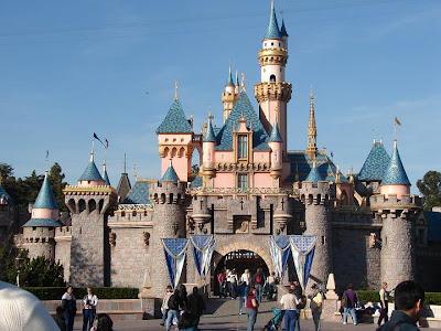Disneyland disneycastle disneywallpapers disneyworld pictures gallery