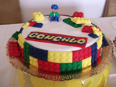 Bolo de Legos
