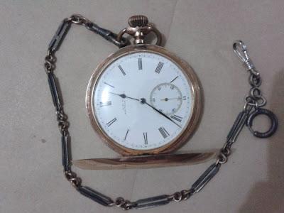 jam antik palembang