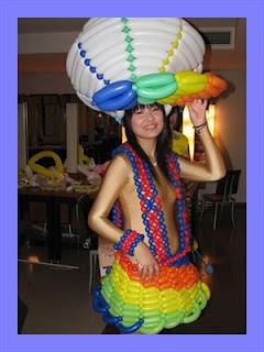 pakaian dari balon