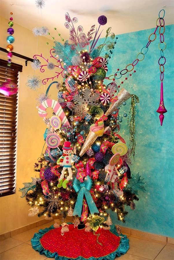 35 inusuales arboles de navidad parte 2 8 ochoa design - Arboles de navidad rosa ...