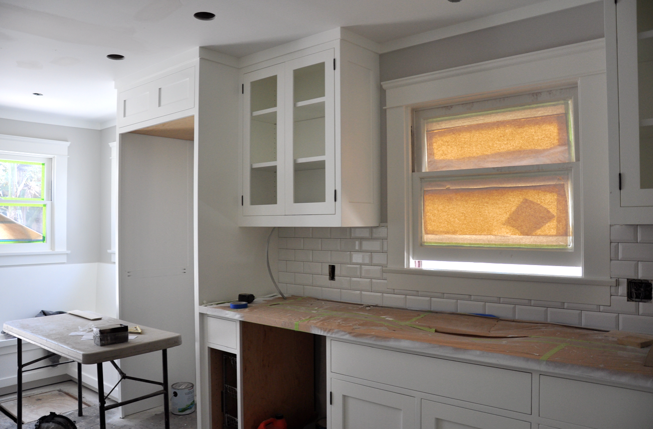 Renovation week 29 kitchen update sticky bee craftsman bungalow renovation beveled subway tile backsplash with dark grout dailygadgetfo Gallery