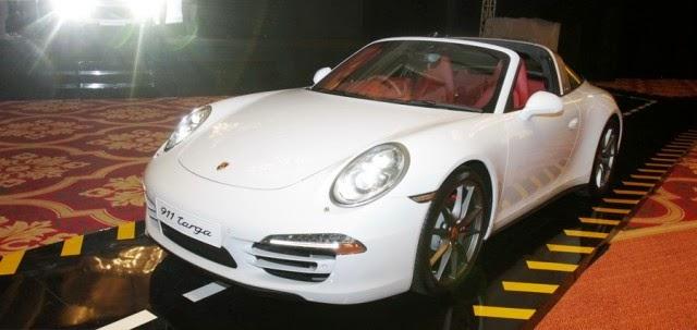 Porsche 911 Targa 4S Serve Pleasure Drive in Indonesia