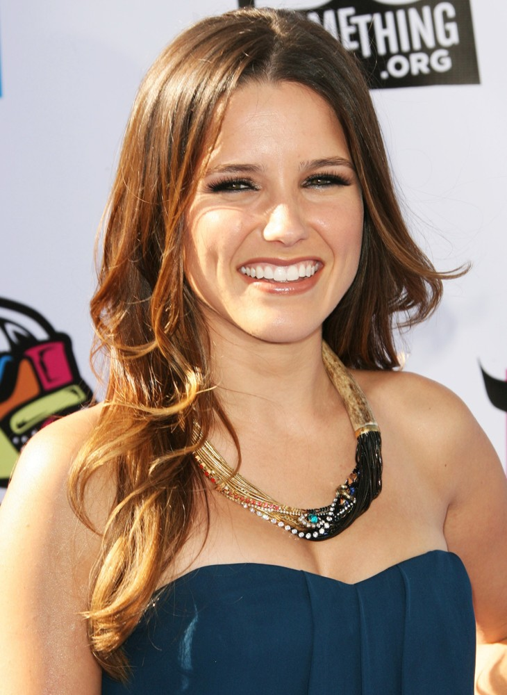Sophia Bush Photos, Celebrity Actress Style And Fashion