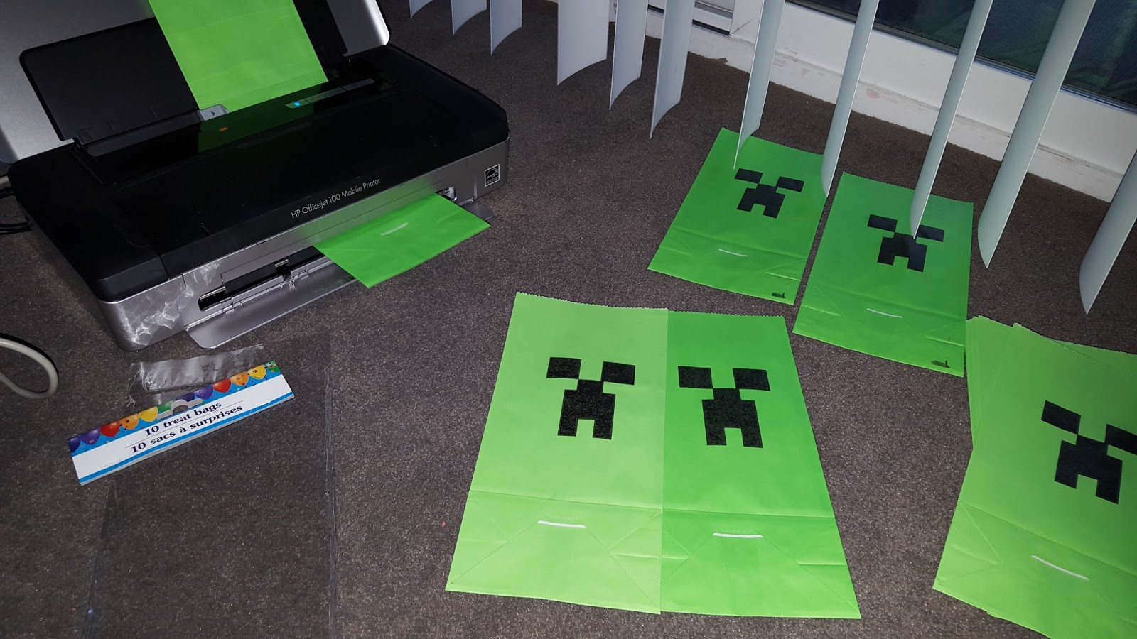 I Used A Template From Website Printable Minecraft Creeper Party Bags Where Step By Instructions For Creating These Are Posted
