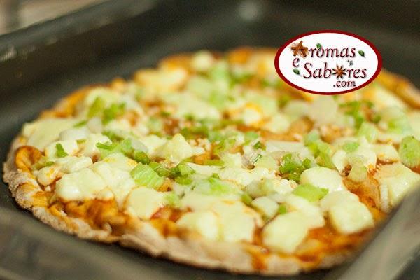 pizza de queijo minas com cebolinha