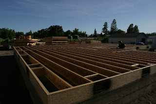 the subfloor is built before the arrival of the framing kit