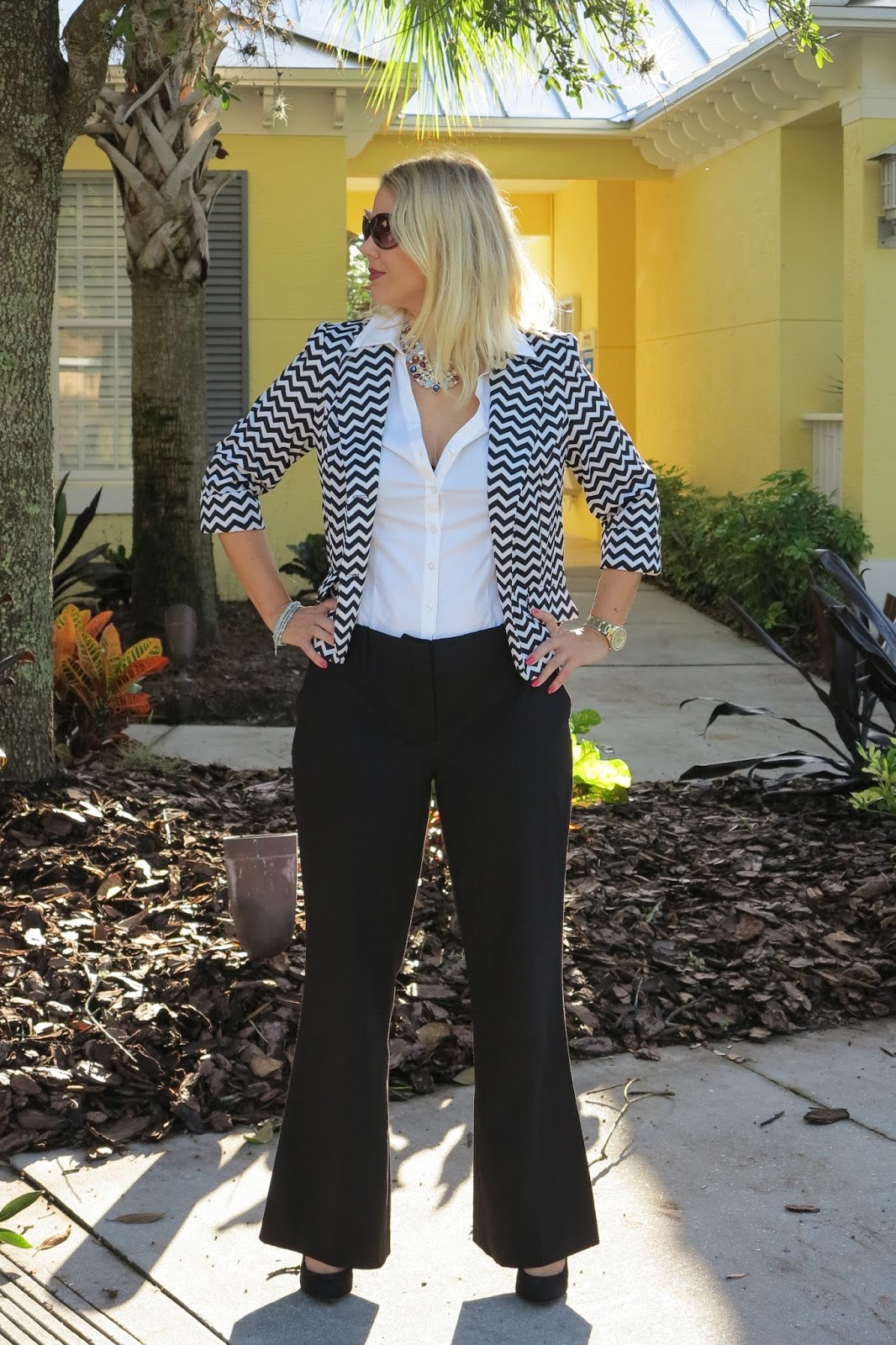 FASHION OVER 40: CAN YOU WEAR SHOULDER PADS IN A BLAZER?
