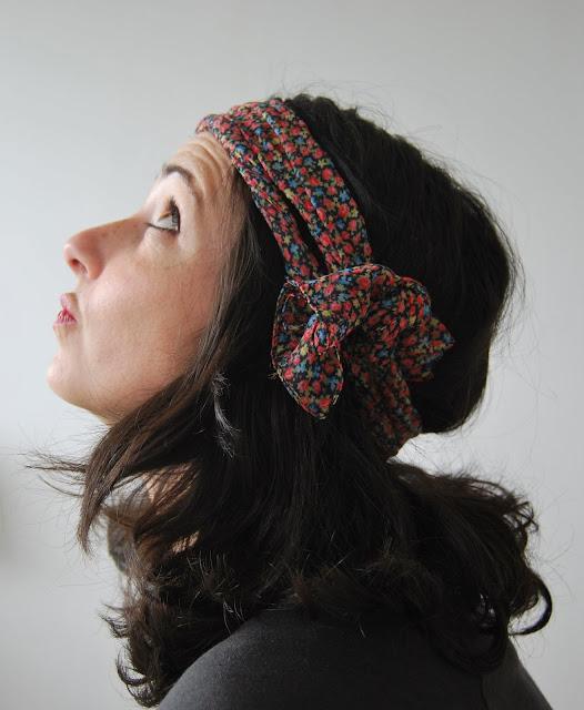 coiffure avec un foulard