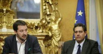Europarlamentari italiani tra i piu assenteisti alcuni for Elenco deputati italiani