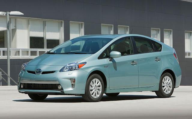 Toyota Prius Hybrid 2013