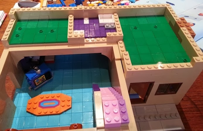 The Brick Castle Lego 71006 The Simpsons House Review