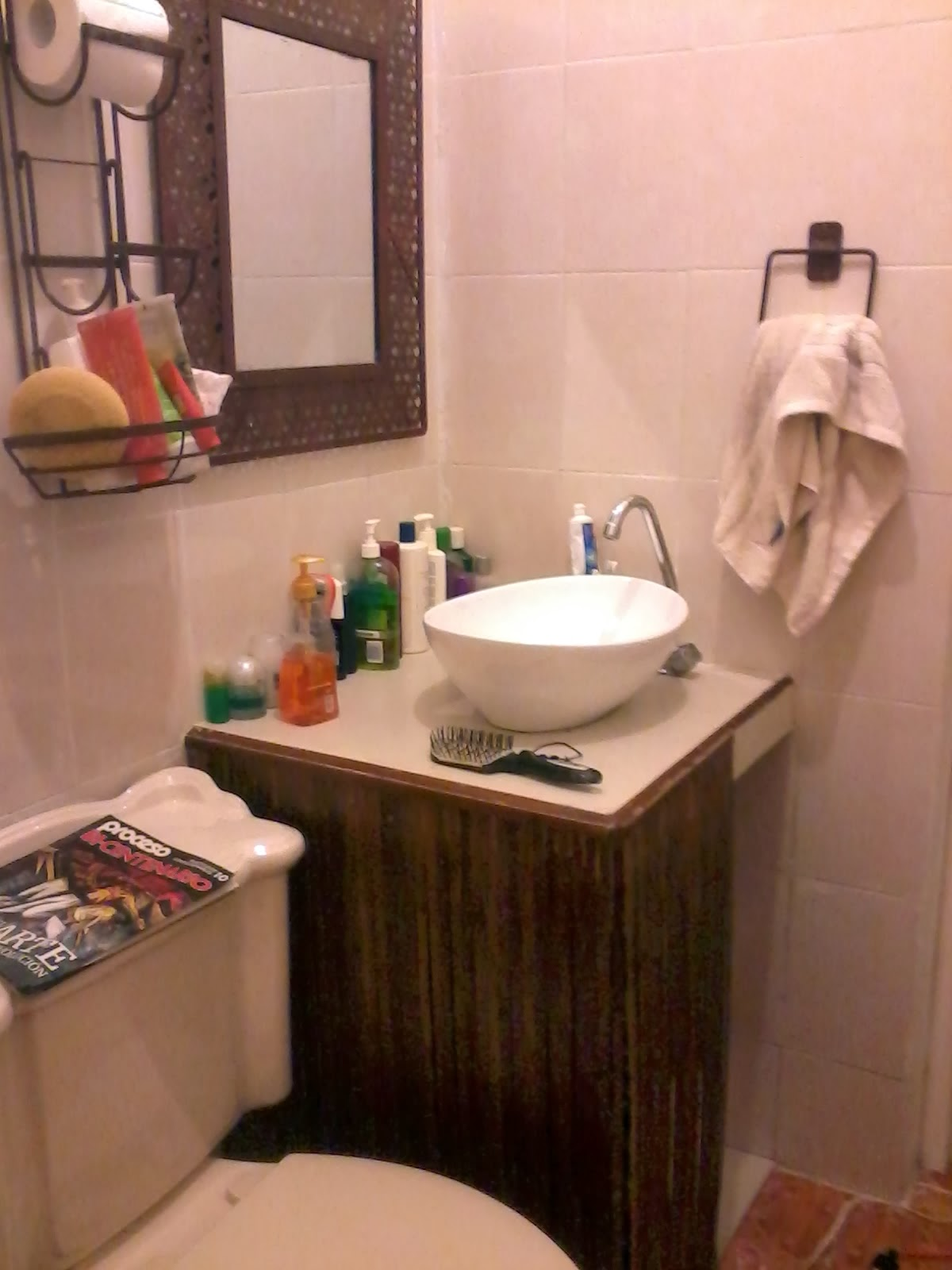 Mi cuarto de ba o mueble de bambu for Como limpiar un cuarto de bano