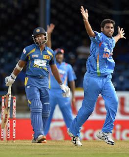 Bhuvneshwar-Kumar-India-vs-Srilanka-Tri-Series-2013