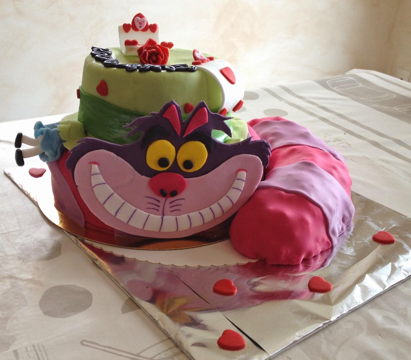 Gateau Alice Aux Pays Des Merveilles intérieur d'emi-ettes de bonheur: gâteau alice au pays des merveilles
